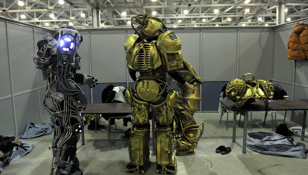 Robots en el festival Robotfest-2013 realizado en Moscú (crédito: RIA Novosti, Artem Zhitenev)