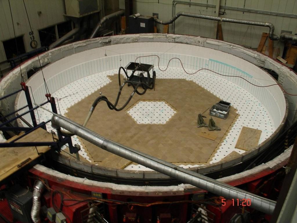 El Telescopio Gigante Magallanes será uno de la clase de telescopios super-gigantes en Tierra que promete revolucionar nuestra visión y comprensión del universo. Será operacional en unos 10 años y se localizará en Chile. (Crédito: Steward Observatory Mirror Lab)